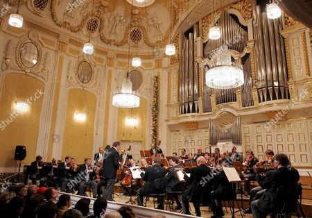 Conductor Nikolaus Harnoncourt and the Vienna Philharmonic Orchestra During a Concert on the Occasion of the Ceremonial Act That Marks the Beginning of the 'Mozart Year' at the Mozarteum in Salzburg Friday 27 January 2006 Today is the 250th Anniversary of the Birth of Composer Wolfgang Amadeus Mozart on January 27 1756 Austria Salzburg