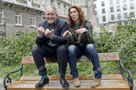 Austrian Actors Adele Neuhauser (r) and Harald Krassnitzer (l) Pose at a Photocall During the Shooting of the Tatort Crime Series Episode 'Nullsummenspiel' in Vienna Austria 13 May 2014 Austria Vienna