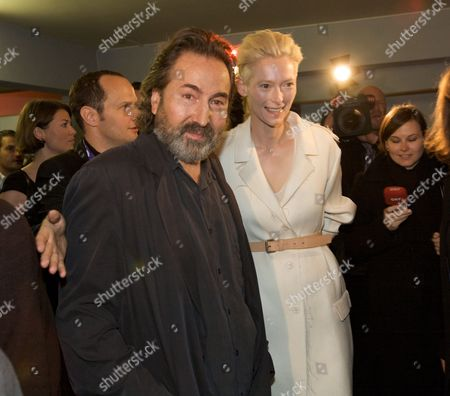 Viennale Festival Director Hans Hurch and Us Actress Tilda Swinton at the Opening of the Viennale 2009 in Vienna Austria 22 October 2009 the Film Festival Runs 22 October to 04 November Austria Vienna
