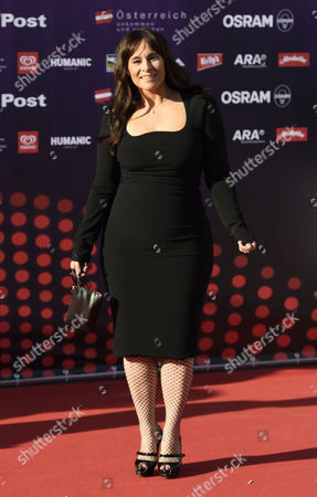 Singer Trijntje Oosterhuis Representing the Netherlands Poses on the Red Carpet While Arriving For the 'Opening Ceremony of the Eurovision Song Contest Week' at the Rathausplatz Square in Vienna Austria 17 May 2015 the Grand Final of the 60th Annual Eurovision Song Contest (esc) Will Take Place on 23 May Austria Vienna