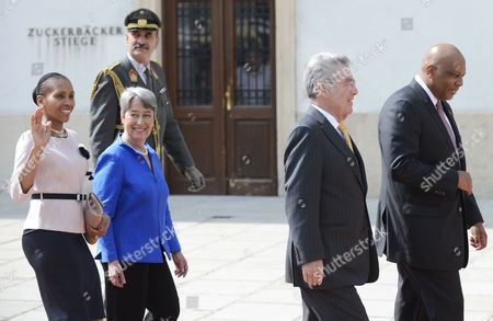 Austrian President Heinz Fischer (2-r) with His Wife Margit Fischer (2-l) and King Letsie Iii of Lesotho (r) with Queen Masenata Mohato Seeiso Attend a Military Welcoming Ceremony at Vienna Hofburg Castle in Vienna Austria 24 April 2013 Austria Vienna
