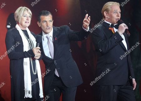 From L to R: Jackie Branfield Antonio Banderas and Ben Becker During Pening Ceremony at the Vienna Life Ball 2012 in Vienna's Town Hall Square Vienna Austria 19 May 2012 the Life Ball in Vienna is a Charity Event Supporting People with Hiv Or Aids Austria Vienna