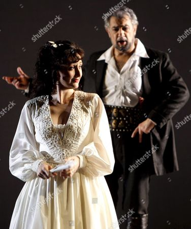Spanish Tenor Placido Domingo (r) As 'Vidal Hernando' and Maria Jose Montiel Als 'Luisa Fernanda' During a Photo Rehearsal at the Theatre in Vienna Austria 04 July 2008 Federico Moreno Torrobas 'Zarzuela' Which was Performed First 1932 in Madrid Spain Will Have Its Premiere 07 July 2008 Austria Vienna