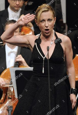 A Picture Made Available on 27 June 2010 Shows French Soprano Natalie Dessay Performing During a Farewell Gala Concert 'A Musical Review 1991-2010' For Austrian Outgoing Director of Vienna's State Opera Ioan Holender (not Pictured) Held at the Vienna State Opera in Vienna Austria 26 June 2010 Holender Headed the State Opera From 1991 to 2010 Austria Vienna
