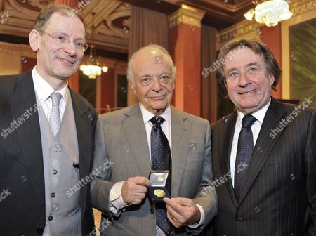 Clemes Hellsberg (left President of the Vienna Philharmonic) Us Conductor Violinist and Composer Lorin Maazel (c) and Austrian Pianist Rudolf Buchbinder Pose During a Philharmonic Celebration For Maazel's 80th Birthday in the Brahms-saal of the Musikverein in Vienna Austria 05 March 2010 Maazel Turns 80 on 06 March 2010 Austria Vienna