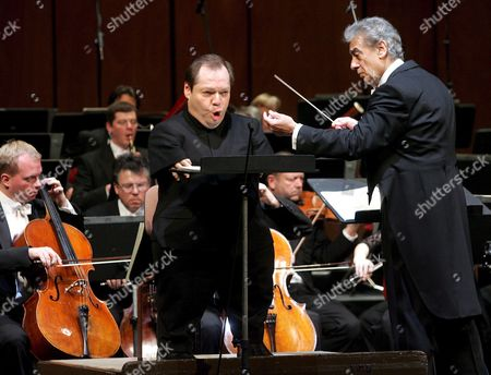 Musical Director of the Concert Placido Domingo (r) Conducts As Bariton Thomas Quasthoff (l) Sings During Dress Rehearsals of the Inauguration Concert to Mark the Opening of the New Opera House the 'Theater an Der Wien' in Vienna on Sunday 08 January 2005 Austria Vienna