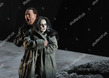 Irene Theorin As Elektra and Rene Pape As Orest (l) Performing During the Photo Rehearsals of Opera Elektra at the Salzburg Festival Austria 03 August 2010 the Opera Will Premiere on 08 August 2010 in the Great Festival Hall Austria Salzburg