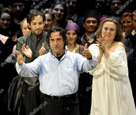 Conductor Riccardo Muti (c) Marina Poplavskaya (r) As Desdemona and Stephen Costello (l) As Cassio After the Rehearsal of the Opera 'Otello' by Giuseppe Verdi in Salzburg Austria 29 July 2008 the Piece Premieres As Part of the Salzburg Festival in the Grossen Festspielhaus on 01 August 2008 Austria Salzburg