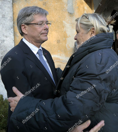 Austrian State Carinthia's Governor Peter Kaiser (l) and Haider's Widow Claudia (r) During a Wreath Ceremony on the Occasion of the Fifth Anniversary of the Death of Joerg Haider at Feistritz Im Rosental Austria 11 October Joerg Haider Carinthia's Governor at the Time Died in a Car Crash Five Years Ago Austria Feistritz