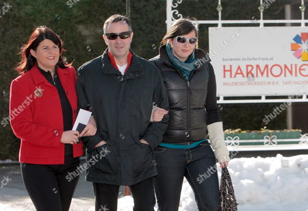 Gabi Burgstaller (l) Governor of the State of Salzburg Arrives with Her Husband Anton Holzer (c) and Step Daughter Pia (r) to Cast Her Ballot During the Regional Elections of Salzburg in Hallein Austria 01 March 2009 the Party of Late Austrian Far-right Leader Joerg Haider Alliance For the Future of Austria (bzoe) Faced a Key Test Sunday As Voters in His Stronghold Province of Carinthia Cast Their Ballots For the Regional Parliament For the First Time Since His Death Austria Hallein