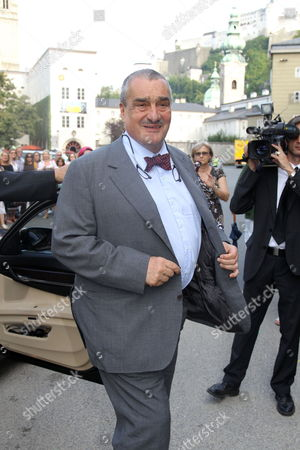 Stock Picture of Czech Foreign Minister Prince Karel Schwarzenberg Arrives For the Premiere of the Opera 'Cosi Fan Tutte' During the Salzburg Festival at the Haus Fuer Mozart (house For Mozart) in Salzburg Austria 05 August 2011 the Festival Takes Place Until 30 August Austria Salzburg