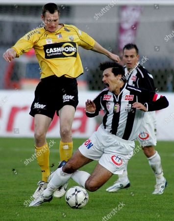 Lask Linz Player Ivica Vastic (r) is Fouled by Scr Altach's Daniel Gramann (l) During Their Austrian T-mobile Bundesliga Soccer Match in Linz Austria 22 March 2008 Linz Won 3-0 Austria Linz