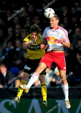 Alexander Zickler of Red Bull Salzburg (r) Fights For the Ball with Stephan Klinger of Altach During Their Austrian Bundesliga Soccer Match in Altach Austria 19 October 2008 Austria Altach