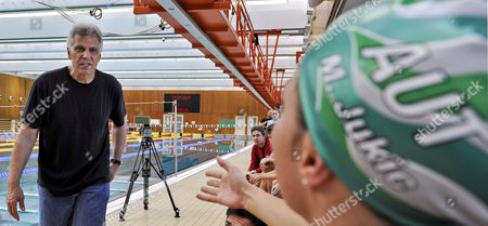 Seven-time Olympic Champion Former Us Swimmer Mark Spitz (l) Talks with Austrian Swimmer Mirna Jukic (r) During a Training Session with Austrian Swimmers in Maria Enzersdorf Austria 26 January 2009 Austria Maria Enzersdorf