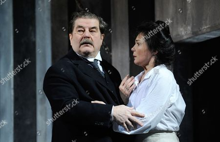 A Picture Made Available on 04 April 2014 Shows Austrian Actors Erwin Steinhauer (l) As Leo Pfeffer and Julia Stemberger (r) As Marija Begovic Performing During the Rehearsal of Herbert Foettinger's 'Die Schuesse Von Sarajevo' at the Josefstadt Theatre in Vienna Austria 31 March 2014 the Play Premiered on 03 April Austria Vienna