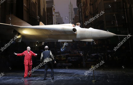 (l-r) Actors Ignaz Kircher Martin Wuttke and Actress Birgit Minichmayr Perform on Stage During a Dress Rehearsal of Rene Pollesch's Play 'Cavalcade Or Being a Holy Motor' at Akademie Theater in Vienna Austria 24 September 2013 the Play Will Premiere on 25 September Austria Vienna