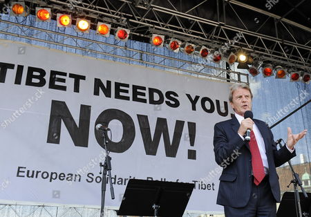 Former French Foreign Minister Bernard Kouchner Speaks During a 'European Solidarity Rally For Tibet' at the Heroes Square (heldenplatz) in Vienna Austria 26 May 2012 the Supportive Demonstration was Held During the Visit of the Spiritual Leader of the Tibetans the Dalai Lama to Austria From 17 to 27 May 2012 Austria Vienna