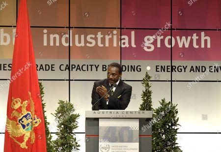 Unido (united Nations Industrial Development Organization) General Secretary Kandeh Yumkella Speaks at the Ceremony '40 Years Unido' at the Austria Centre in Vienna Tuesday 28 November 2006 Austria Vienna