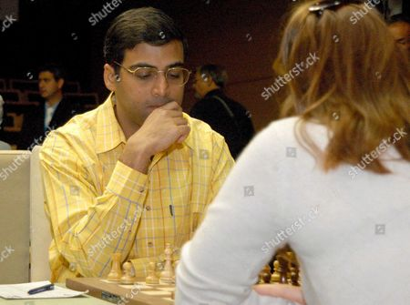 Hungarian Judit Polgar and Indian Vishwanathan Anand During Their Game at the 8th Round of the San Luis 2005 Chess World Championship in Potrero De Los Funes San Luis Province Around 790 Km Northeast Buenos Aires Argentina Thursday 06 October 2005 Argentina San Luis