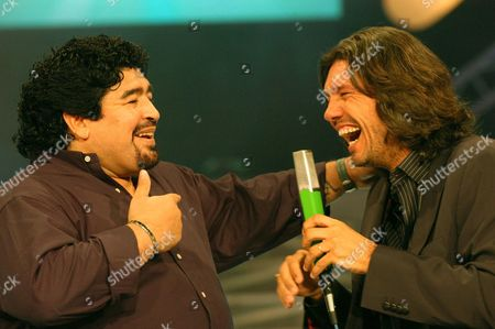 Television Host Marcelo Tinelli (r) Interviews Former Soccer Star Diego Maradona (l) During a Variety Show Monday Night 06 December 2004 Maradona Returned to Argentina His Country of Origin on Sunday From Cuba where He is Undergoing Drug Rehabilitation Argentina Buenos Aires