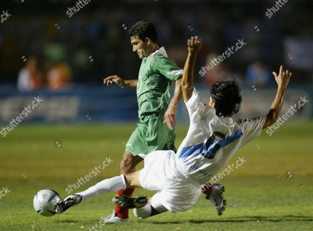 Mexican Antonio Naleson (l) Fights For the Ball with Adolfo Cabrera From Guatemala (r) During the Germany 2006 World Cup Qualifying Match at the National Stadium Mateo Flores Saturday 04 June 2005 Mexico Won the Game 2-0 Guatemala Guatemala