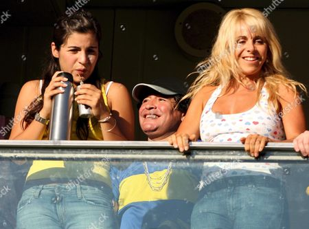 Former Argentinian Soccer Player Diego Maradona (c) Watches with His Daughter Giannina (l) and His Wife Claudia Villafane (r) the Match Between Boca Junior and Rosario Central Sunday 18 February 2007 During the Second Day of 'Torneo Clausura' Played in 'La Bombonera' Stadium in Buenos Aires Argentina Argentina Buenos Aires