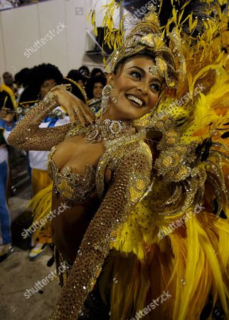 Brazilian Actress Juliana Paes Participates in the '? De Arrepiar!' Group From the 'Unidos Da Viradouro' Samba School Parade in Rio De Janeiro Brazil on 03 February 2008 Brazil Rio De Janeiro