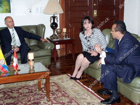 Foreign Affairs Committee of the Council of States Chairman Peter Briner (l) During His Official Visit to the Colombian Congress Were He Meet with Senate President Claudia Blum De Barbieri (c) and Representatives Chamber President Julio Gallardo (r) on 16 November 2005 Colombia Bogota