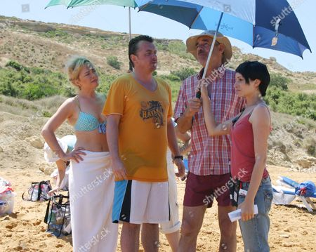 'What We Did On Our Holiday'   TV Behind the scenes with Angeline Ball, Shane Richie and Roger Lloyd Pack