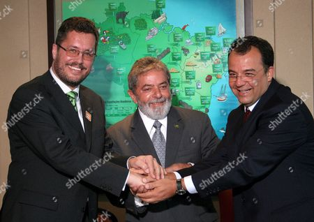 Brazilian President Luiz Inacio Lula Da Silva (c) Receives the Governor of the State of Rio De Janeiro Sergio Cabral (r) and the President of Thyssenkrupp Global Karl-ulrich Koehler (l) Today Wednesday 14 February in the Palace of Planalto in Brasilia Brazil Brazil Brasilia