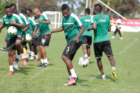 Ghana's, Asamoah Gyan, centre, and teammates during their training session at the Stade de Sogara, Gabon, ahead of their African Cup of Nations Group D soccer match against Egypt