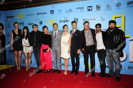 Stock Image of Paulina Almanza, Laura de Ita, Mara Escalante, Eugenio Derbez, Vadhir Derbez, Ximena Ayala