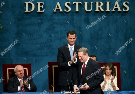 Spain's Crown Prince Felipe (c) and Princess Letizia (r) Applaud Nobel Peace Prize 2007 Winner and Former Us Vice President Al Gore (l) Next to Asturias' President Vicente Alvarez Areces (l) During the 2007 Prince of Asturias Award Ceremony in the Campoamor Theatre in Oviedo Spain 26 October 2007 on 24 September 1980 in Oviedo the Prince of Asturias Foundation was Formed in a Solemn Ceremony Presided Over by His Royal Highness the Prince of Asturias Heir to the Throne of Spain Accompanied by His Parents Their Majesties the King and Queen of Spain Spain Oviedo