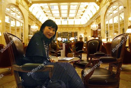 Chinese-american Writer Amy Tan Poses During Presentation of Her Book 'Saving Fish From Drowning' in Madrid Spain Wednesday 05 April 2006 the Title of the Book is Derived From the Practice of Myanmar Fishermen who 'Scoop Up the Fish and Bring Them to Shore They Say They Are Saving the Fish From Drowning Unfortunately the Fish Do not Recover' Spain Madrid
