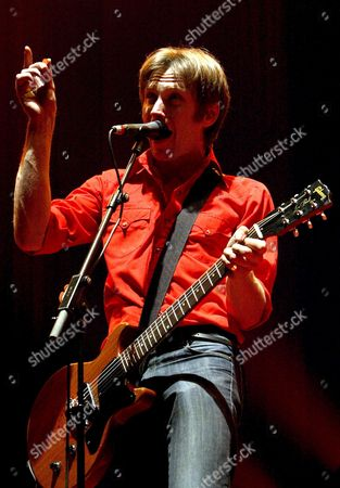 Guitarist and Franz Ferdinand Band Leader Alexander Kapranos During His Performance on Stage on Their European Tour where They Present Their Last Album 'You Could Have It So Much Better' at Badalona Olympic Stadium in Barcelona Wednesday 21 December 2006 Spain Barcelona