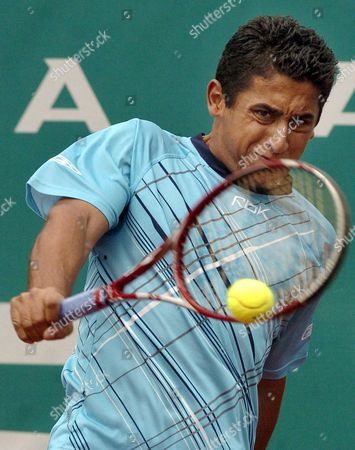 Spanish Player Nicolas Almagro in Action During His Third Round Match of Conde Godo Tennis Tournament Against Argentinian Guillermo Coria at Barcelona Royal Tennis Club in Barcelona Spain Thursday 27 April 2006 Almagro Won 6-2 6-0 Spain Barcelona