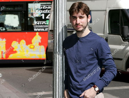 Us Writer Matthew Pearl Poses in Downtown Madrid Central Spain Monday 26 June 2006 on Occasion of the Presentation of His Second Novel 'The Poe Shadow' Pearl's Debut Novel 'The Dante Club' Has Been an International Bestseller Translated Into More Than 30 Languages Spain Madrid