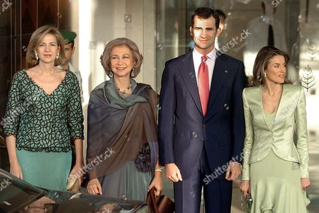 Stock Photo of Spain's Queen Sofia (2-l) Accompanies Her Daughter Princess Cristina (l) Her Son Crown Prince Felipe (2-r) and the Latter's New Bride Princess Letizia (r) As They Leave Their Hotel in Amman Jordan Thursday 27 May 2004 En Route to the Wedding of Jordan's Crown Prince Hamzah Bin Al Husein and His Fianc?e Princess Noor Bint Asem Bin Nayef in the Zahran Palace Jordan Amman