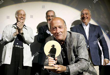 Us Film Director Richard Lester (c) Recives the 'Almeria Film Earth' Homage Award From Almeria International Film Festival Celebrates at Cervantes Theater Almeria on Thursday 25 May 2006 Spain Almeria