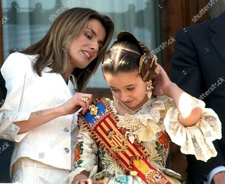 Spanish Princess of Asturias Letizia Looks at the Hairdo of the Fallas Child Queen Cristina Sanchez Thursday 17 March 2005 at Valencia City Hall Eastern Spain During the Second Most Important Day of Fallas Celebration the Fallas Huge Sculptures Made of Paper Paste Are Burnt at Midnight 19 March Spain Valencia