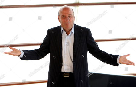 Us Film Director Richard Lester Poses After the Screening of His Film 'Help!' at the Kursaal in San Sebastian Spain 24 September 2007 During the 55th Edition of San Sebastian's International Film Festival Spain San Sebastian