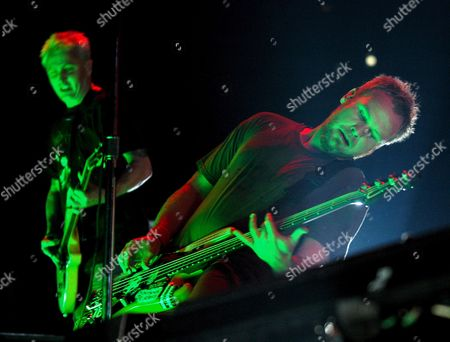 Us Band 'Pearl Jam' Bass Player Jeff Ament (r) and Guitarist Mike Mccready Perform on Stage During Their Concert Thursday 07 September 2006 in Madrid?s Sports Palace Spain Madrid