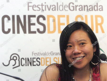 Chinese Film Director Xiaolu Guo Smiles During a Press Conference For Her Latest Film 'How is Your Fish Today?' at the First Edition of the 'Southern Cinema Festival' in Granada Southern Spain 11 June 2007 Spain Granada