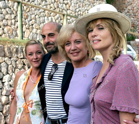 (from R to L) Actress Emmanuelle Seigner Marisa Paredes Stanley Tucci and Maria Esteve During the Presentation to the Press of the Film 'Four Last Songs' That is Being Shot at Mallorca Friday 15 July 2005 Written and Directed by Francesca Joseph This Film is a British and Spanish Co-production That Also Counts with the Acting of Rhys Ifans Hugh Bonneville Jena Malone Jessica Stevenson Karl Johnson and Virgile Bramly Spain Palma De Mallorca