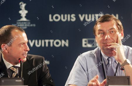 The French Minister of Sports Jean Francois Lamour (r) and Head of K-challenge Stephan Kandler During a Press Conference Held on Saturday 25 June 2005 in Valencia Eastern Spain on the Occasion of America's Cup Spain Valencia