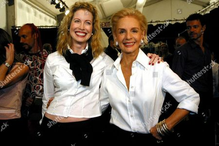 Us Actor Michael Douglas's Former Wife Diandra Douglas (l) Poses with Venezuelan Fashion Designer Carolina Herrera Monday 15 September 2003 After the Fashion Show of Her Spring-summer 2004 Collection in the New York Fashion Week Epa Photo/efe/miguel Rajmil// United States New York