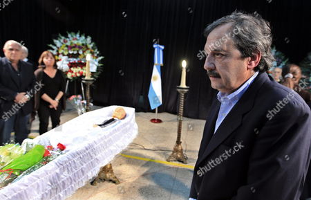 Argentinian Presidential Candidate Ricardo Alfonsin (r) Attends Argentinian Writer Ernesto Sabato's Wake in Buenos Aires Argentina on 30 April 2011 Argentine Writer and Intellectual Ernesto Sabato who Died on 30 April 2011 at the Age of 99 was Considered One of the Most Influential of Contemporary Argentinian Writers He Won International Acclaim with His Trilogy of Psychological Novels El Tunel (the Tunnel) As Well As Abaddon El Exterminador (the Angel of Darkness) and Sobre Heroes Y Tumbas (on Heroes and Tombs) Argentina Buenos Aires