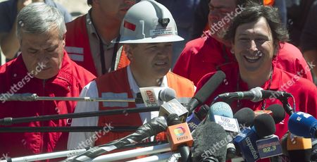 Chilean Minery Minister Laurence Golborne (r) is Seen Along His Colleague of Health Jaime Manalich (l) and the Chief of the Rescue Operation Andre Sougarret (c) During a Press Conference Before the Start of the Rescue Operatioon of the 33 Trapped Miners at the San Jose Mine Near Copiapo Chile on 12 October 2010 Golborne Said That at Least One Miner Will Be Rescued Today Chile Copiapo