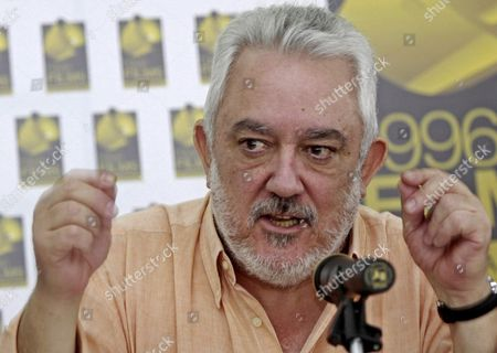 Spanish Film Director Imanol Uribe Speaks During a Press Conference About His Last Film 'Camino De Libertad' (path of Freedom) in Bogota Colombia 07 December 2010 'Camino De Libertad' Will Narrate the Life of Argentinian Singer and Songwriter Facundo Cabral Colombia Bogota