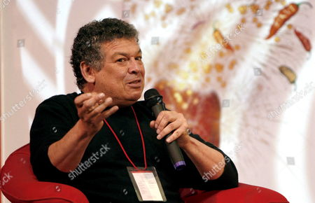 Stock Image of Us Writer Francisco Goldman Speaks During the Inauguration of 'Malpensante 2008' Literature Festival in Bogota Colombia 26 June 2008 Colombia Bogota